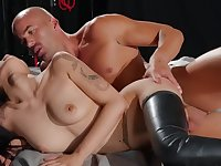 Oriental female with tied up legs gives her cunt to a pro fucker