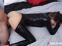 Robber girl in latex outfit Avery Moon is fucked by house owner