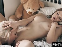 Gorgeous Teens Lick And Suck Each Clits Before Grinding To Orgasm With Viv Thomas
