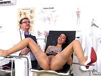 Taisa Comes To Kinky Gyno Doc