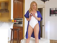 Hardcore masturbation solo session with blonde MILF Stevie