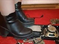 Woman crush Old radio boots