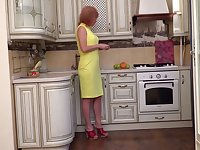 Mature lusty housewife Silvia wanna fingerfuck pussy on the floor