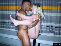 Big-Breasted Girl Creampied By Black Male Stick - ANALDIN