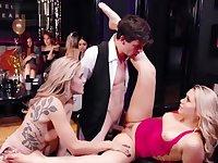Mia Malkova And Kali Roses Her New Years Club Fuckury