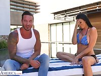 Handsome repairman fucks bodacious milf in bikini Reagan Foxx by the poolside