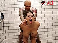 Fucking tattooed slut Heidi Van Horny in the shower