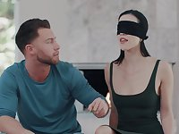 Morning pleasures for blindfolded girlfriend Diana Grace who loves cock