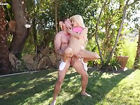 Petite vixen Kenzie Reeves fucking outdoors and loving it