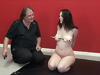 Amateur slave Beauvoirs nipple pain and candle wax